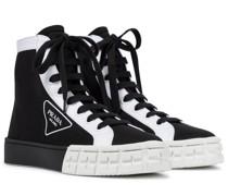 High-Top Sneakers Wheel