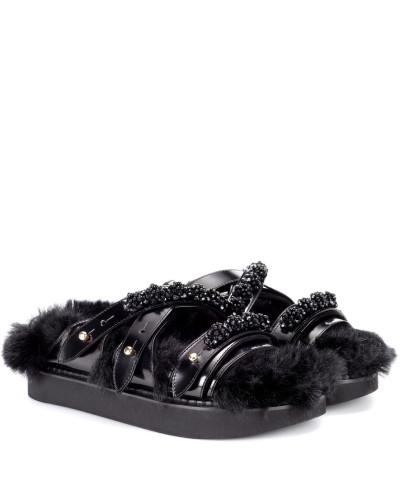 Sandalen mit Leder und Faux Fur