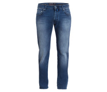 Jeans J688 Comfort Slim-Fit - mid washed