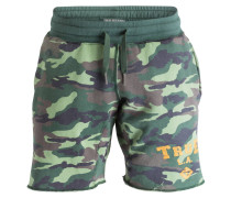 Sweatshorts in Camouflage-Optik - gelb