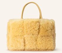 Handtasche mit Pouch und Lammfellbesatz