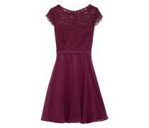 Kleid mit Lochspitze