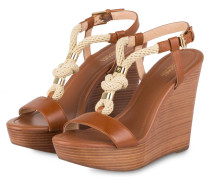 Wedges HOLLY