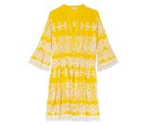 Kleid aus Lochspitze mit 3/4-Arm