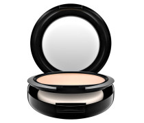 STUDIO FIX POWDER + FOUNDATION 236.67 € / 100 g