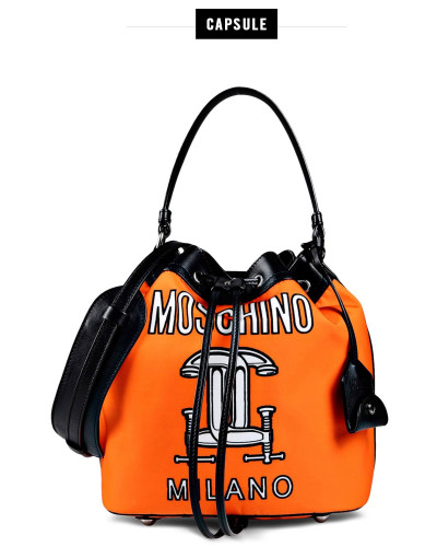 moschino damen official store moschino beuteltasche taschen 50 reduziert. Black Bedroom Furniture Sets. Home Design Ideas