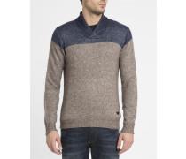 Beige melierter und marineblauer Pullover mit Schalkragen