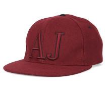 Bordeauxrote Wollkappe mit AJ-Logo
