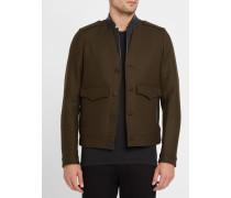 Khakibraune Wolljacke mit Ledereinsatz und aufgesetzten Taschen