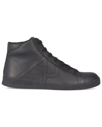 armani jeans herren schwarze sneaker mit schwarzer sohle und aj logo reduziert. Black Bedroom Furniture Sets. Home Design Ideas