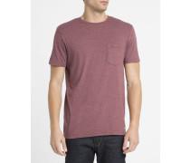 Rotes T-Shirt mit Rundhalsausschnitt und Brusttasche