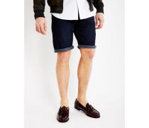 Denim Shorts in Dark Rinse Wash