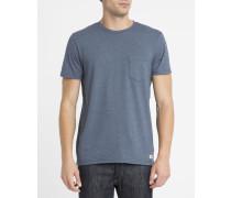 Blaues T-Shirt mit Rundhalsausschnitt und Brusttasche