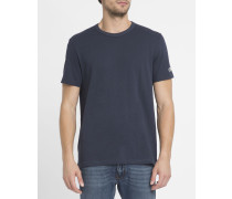Blaues T-Shirt C