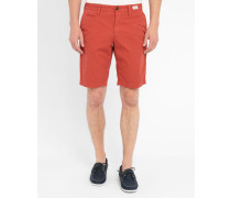 Rote Shorts Brooklyn Pr