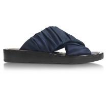 Criss Cross Sandale aus Satin in navyblau