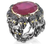 Skulls and Snakes Ring mit Diamanten und Rubin