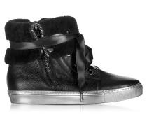 Sneaker mit Bündchen in schwarz