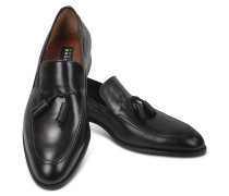 Loafer aus schwarzem Leder mit Troddeln