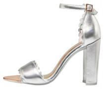 Raidhal Sandalen Metallic Silber