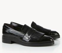 Spitze Lackleder-Loafer mit Verzierung Schwarz