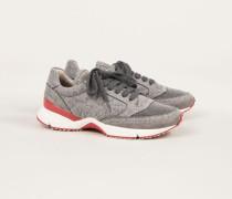 Sneaker mit glänzendem Grau
