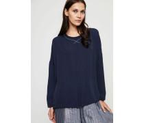 Oversize Seiden-Bluse mit Perlenverzierung Blau