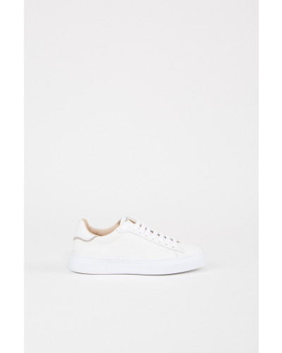 Sneaker mit Perlenverzierung Weiß