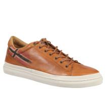 Sneaker King, Braun
