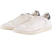 Kareem Sneaker