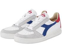 B.Elite Sneaker