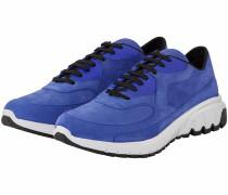 Urban Runner Sneaker