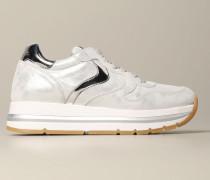 Sneakers aus laminiertem Leder