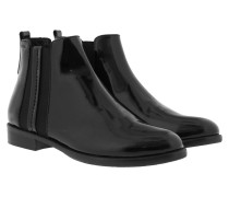 Boots & Booties - Nuria Chelsea Patent Black