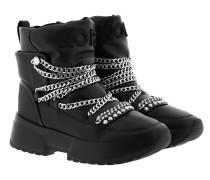 Boots Hybrid Cassia Bootie Black