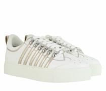 Sneakers Side Stripe