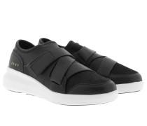 Tilly Velcro Strap Slip On Black Sneakerss