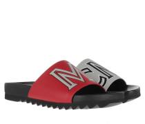 Schuhe Contrast Logo Slide Red