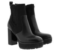 Boots Cramer Bootie Black