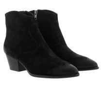 Boots Ash Baby Soft Black