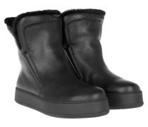 Boots & Booties - Embassy Booties Black