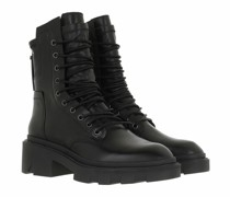 Boots & Stiefeletten Madness
