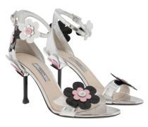 Blossom Embellished Patent Sandale Silver Sandalen