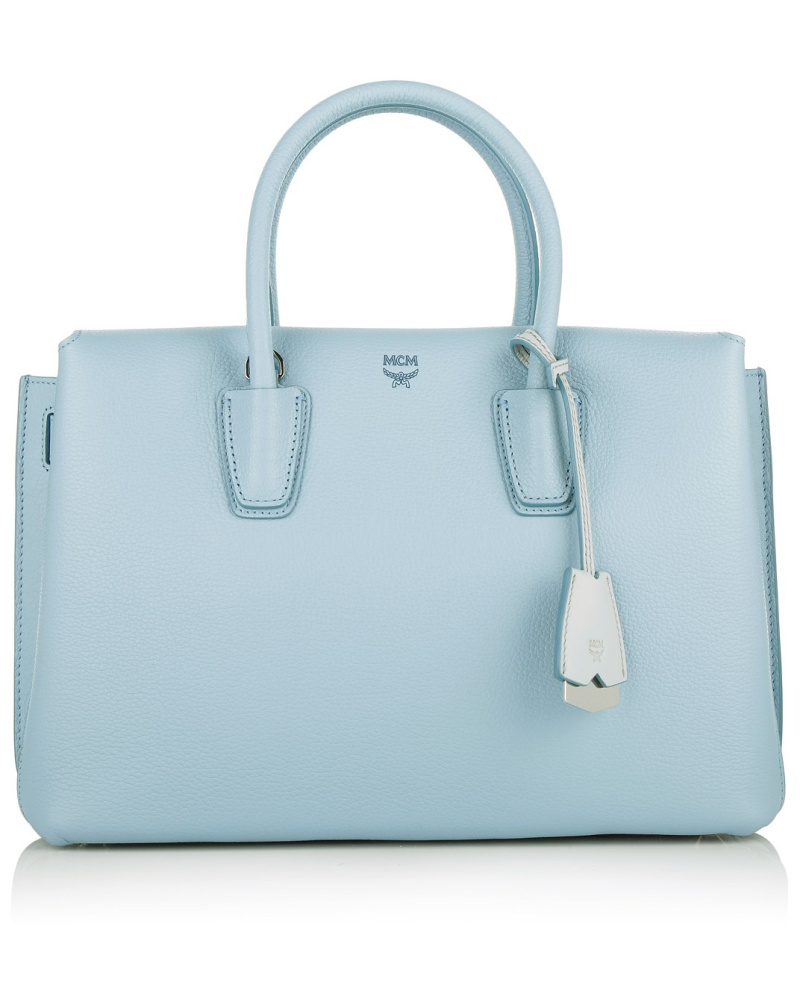mcm damen mcm tasche milla tote medium sky blue in blau henkeltasche f r damen reduziert. Black Bedroom Furniture Sets. Home Design Ideas