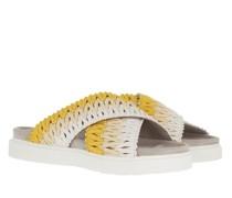 Slipper & Pantoletten Knitted Crossed Sandals