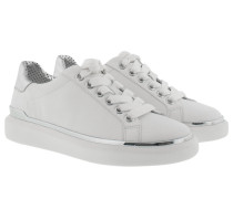 Max Lace Up Optic White Sneakers