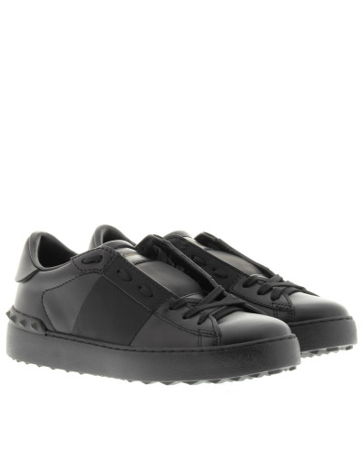valentino damen valentino sneakers rockstud sneaker black in schwarz sneakers f r damen. Black Bedroom Furniture Sets. Home Design Ideas