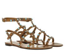 Rockstud Flat Sandal Bright Cuir Sandalen