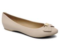 D Leslie B Ballerinas in beige