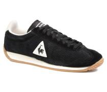 Quartz Perforated Nubuck Sneaker in schwarz